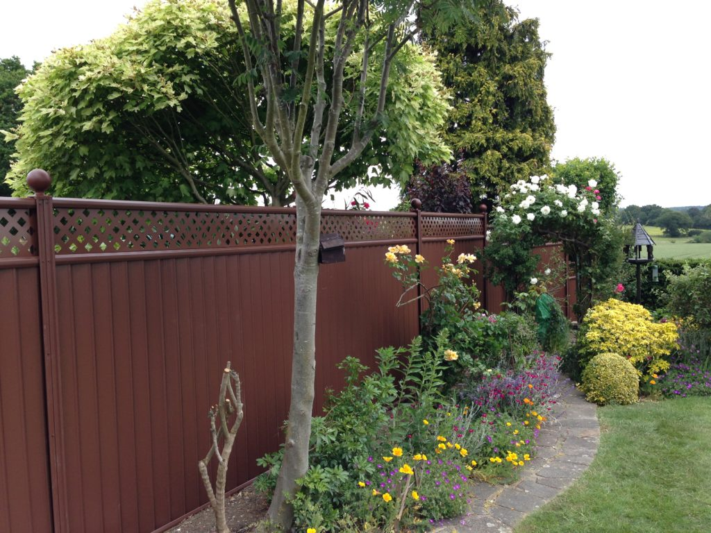 25 Year Guaranteed Durable Garden Fencing