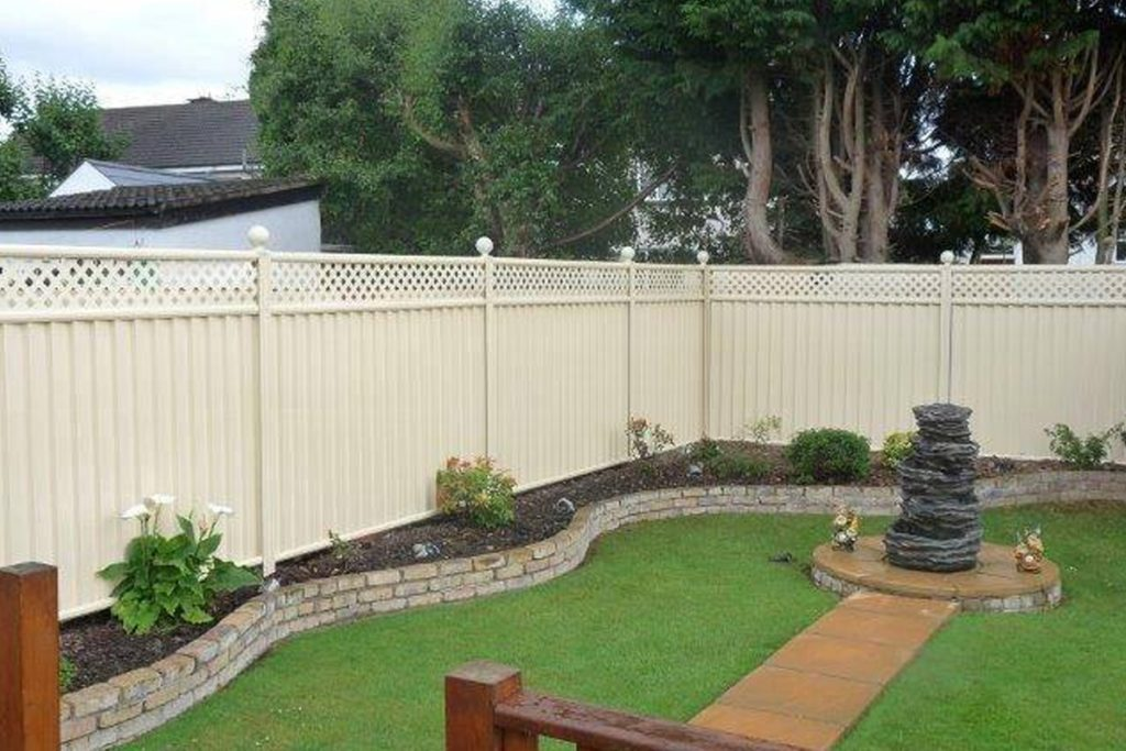Types Of Front Garden Fencing: Which Garden Fence Type Is Best?