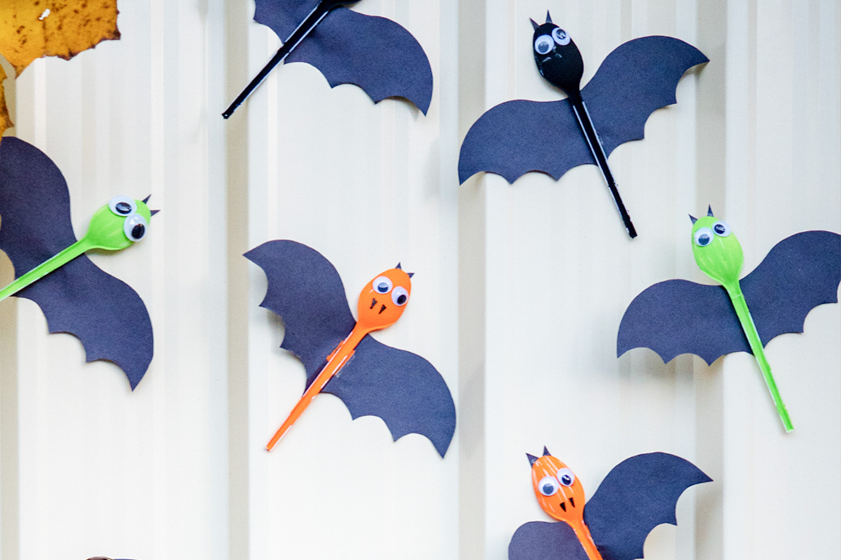How to make your own bat decorations!